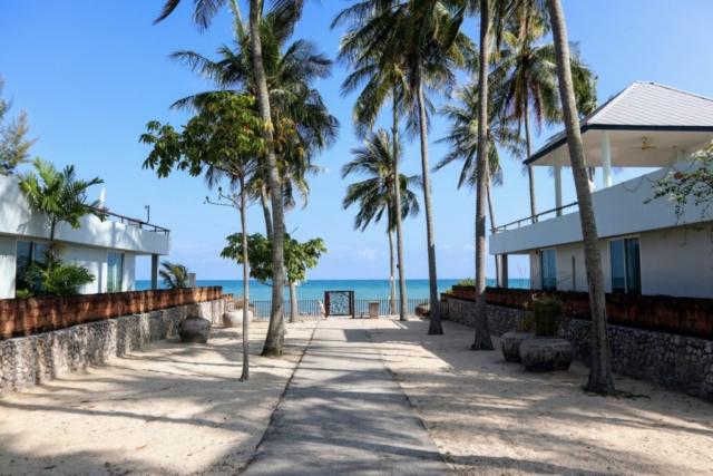Nedgång till havet och stranden för de som inte har strandhus.