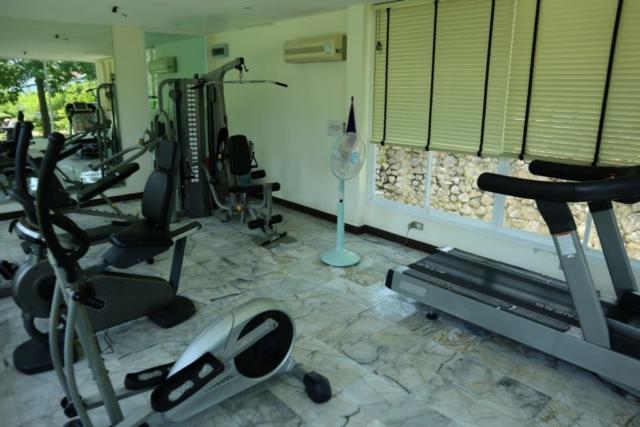 På området finns ett litet gym.